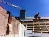Eindeckarbeiten und Kaminverkleidung. 20.8.2011, 13:00 Uhr.